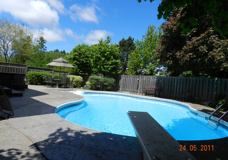 3121 spring creek crescent outstanding home with finished for Pool show mississauga