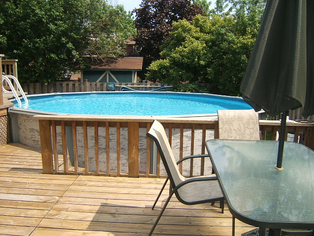 Above ground swimming pool for sale in meadowvale for Pool show mississauga