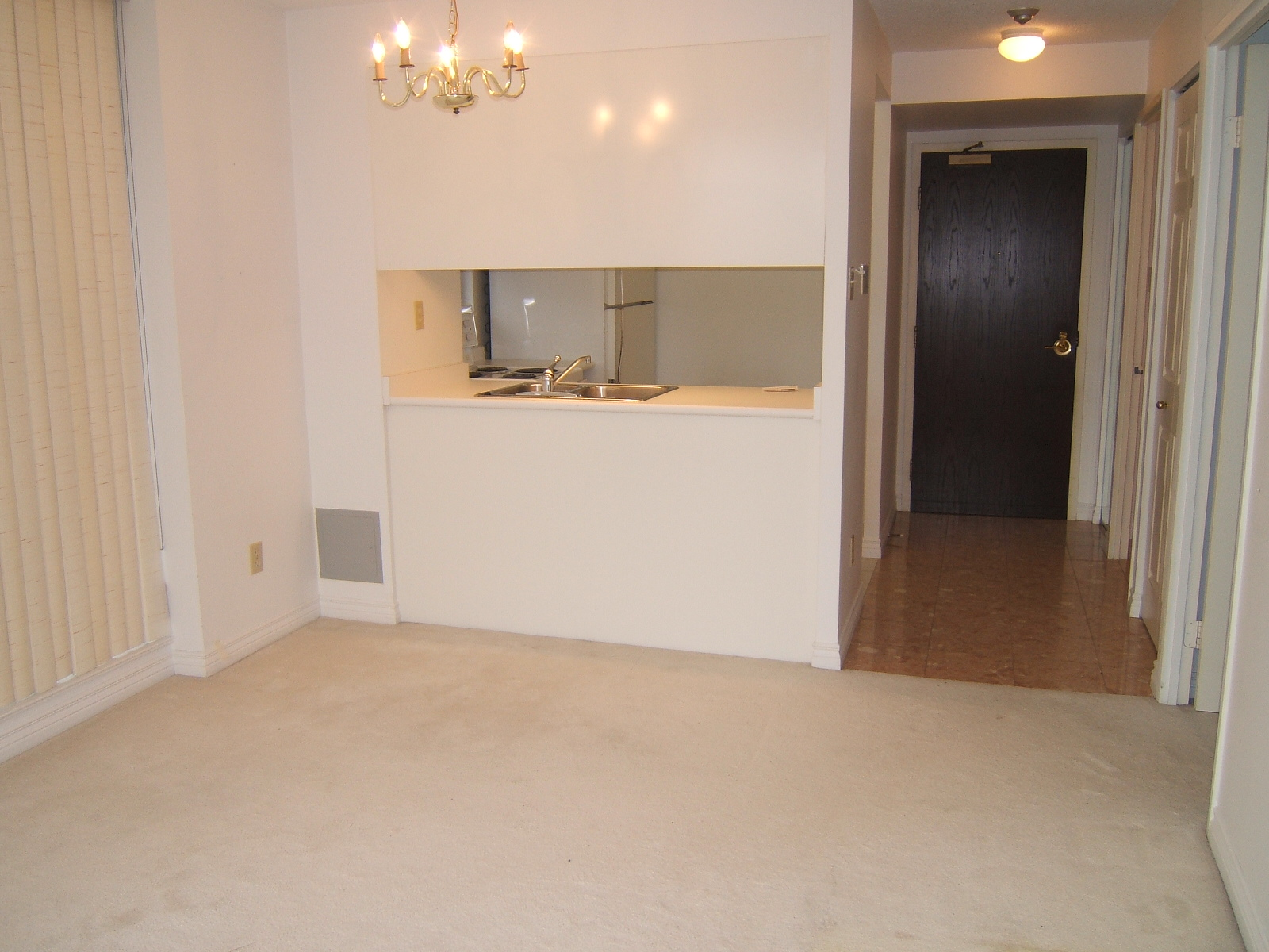 736 Bay Street Suite 1906 Conservatory Tower Condo For