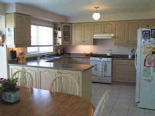 For sale mississauga in erin mills detached home 4 for Perfect kitchen mississauga