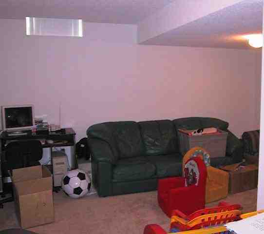 Rio Court Rental Townhome In Mississauga Ontario!: